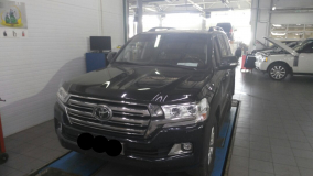 Toyota Land Cruser 200 4.5D